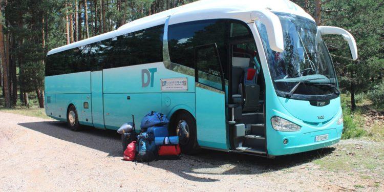 Campamentos juveniles: ayudamos en transporte de un millar de niños y niñas